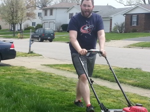 Fuzband mowing the lawn for the first time this year with the new lawnmower.  Ovi he's having a blast!